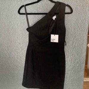 Asymmetrical black short dress